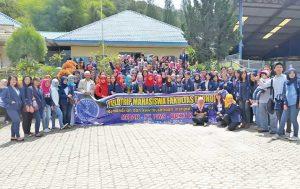 200-mahasiswa-fe-uma-field-trip-151096-1